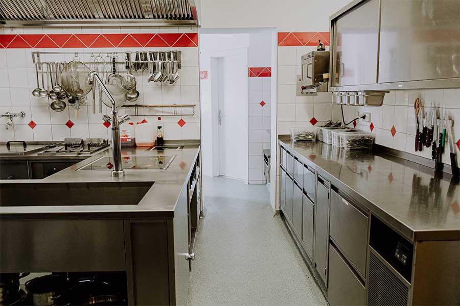 Küche Jugendherberge Jugendhaus Sonnegg selbstversorger