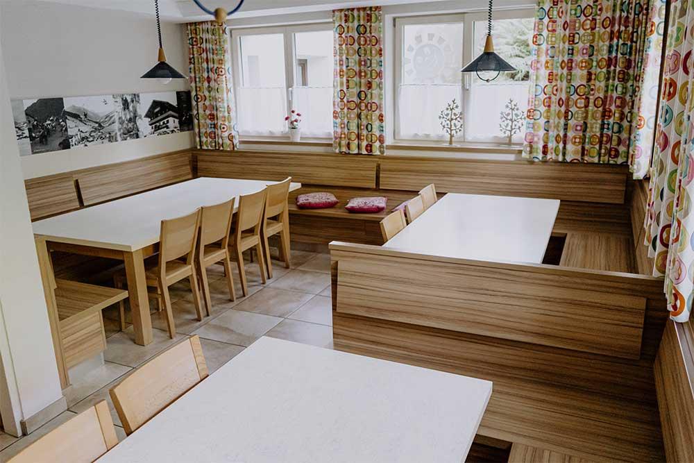 Speisesaal des Jugendwohnheimes Sonnegg in Saalbach