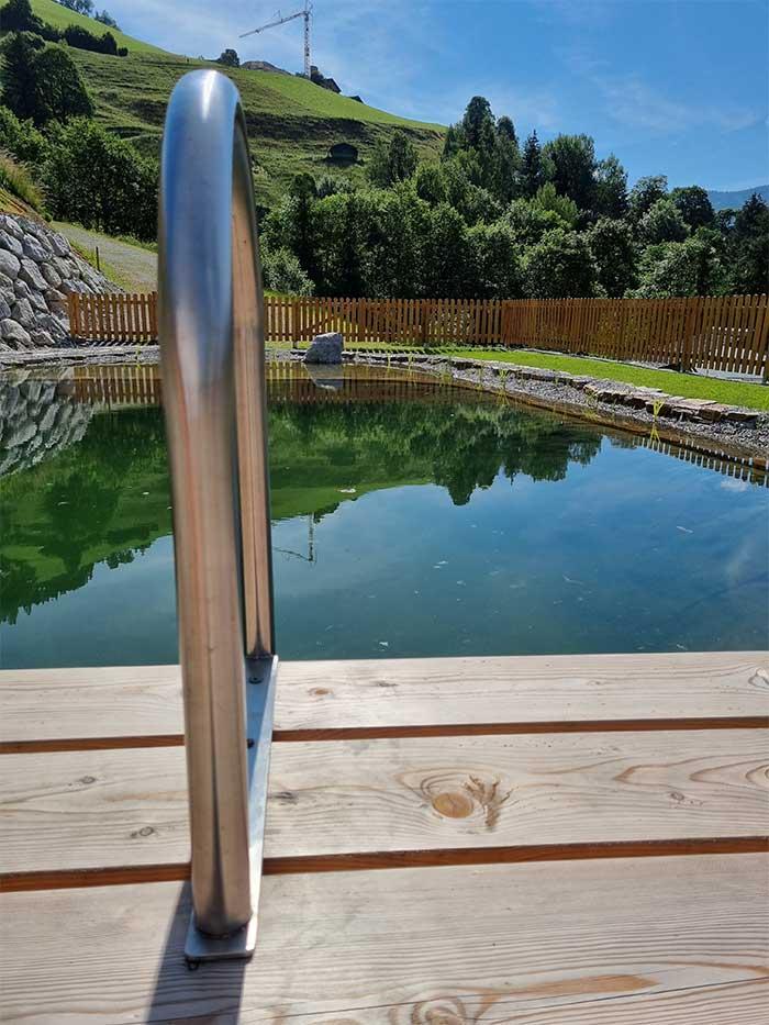 Schwimmteich Jugendherberge Sonnegg in Saalbach Hinterglemm