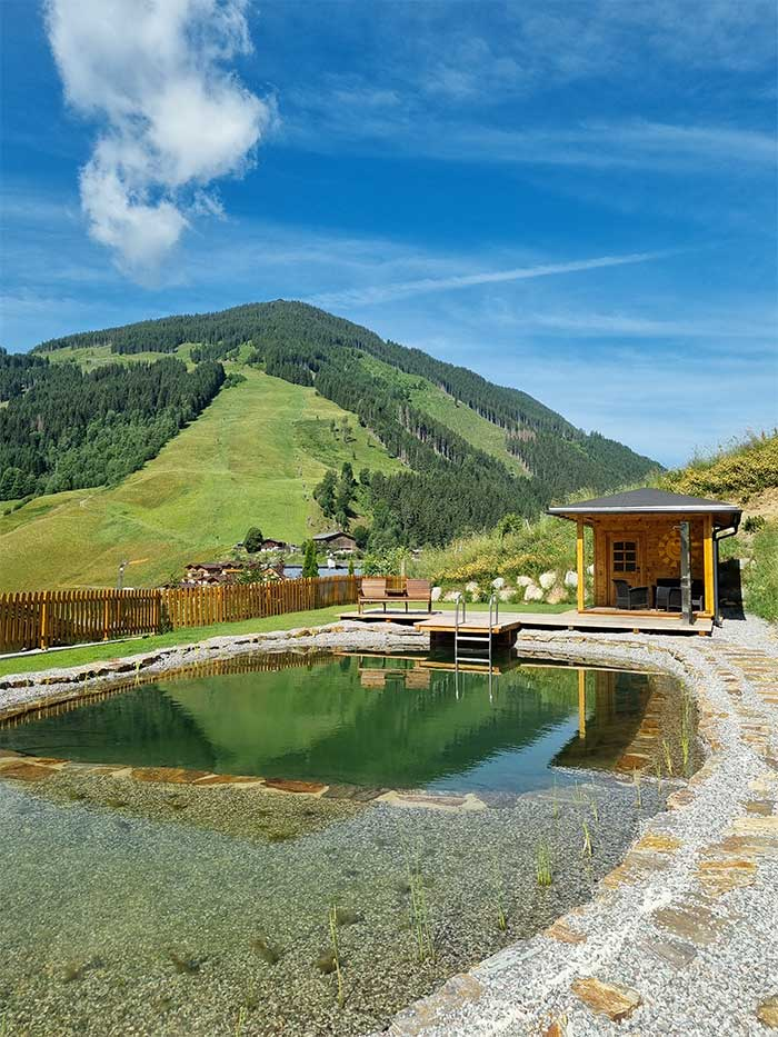 Schwimmteich der Jugendpension Sonnegg - BAdeteich für die Gäste der Jugendherberge