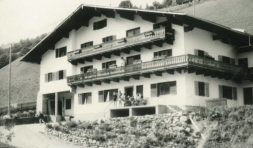 Jugendpension Sonnegg in Saalbach Hinterglem - Die Jugendherberge in einer alten Aufnahme
